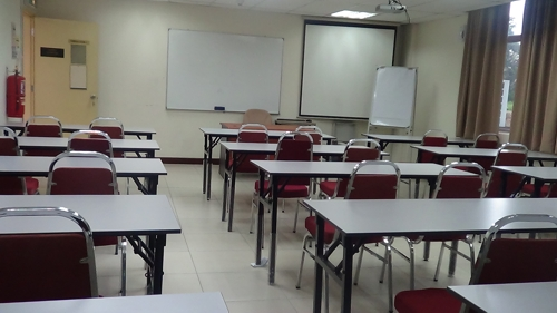 19i-Lecture room